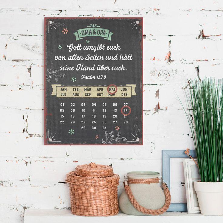 Persönlicher immerwährende Magnetkalender im Format 27 x 35 cm, mit Aufhängung. Mithilfe der zwei enthaltenen Magnetringe werden Monat und Tag markiert. #persönlich #magnetkalender #magnet #kalender #vintage #geschenk #handmade #hand #gott #bibel #psalm