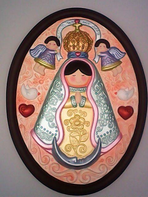 Virgen en Ceramica pintada a mano