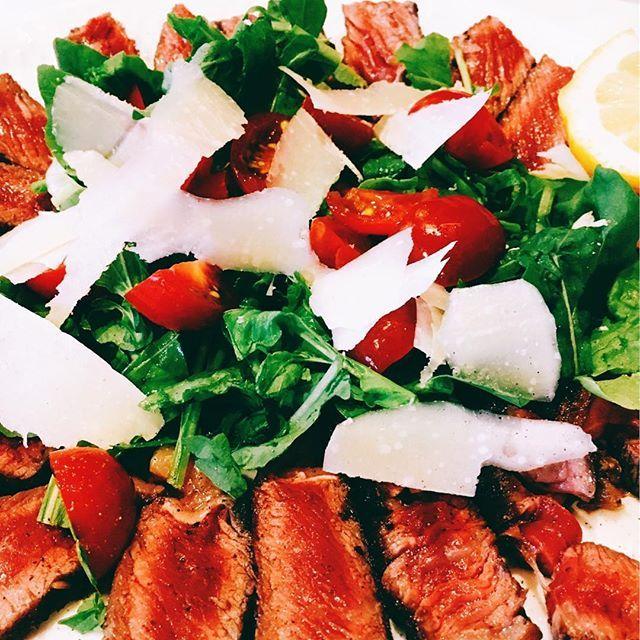 美味しいものは疲れが吹っ飛ぶ❤️ #タリアータ #肉 #サラダ #イタリアン#ciro #おすすめ #ご馳走様でした😋