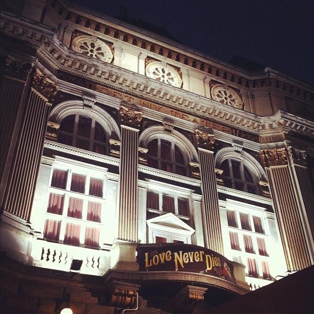 Det Ny Teater