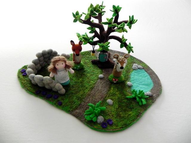 Nice tree.  through the woods - needle and wet felted playscape with finger puppets