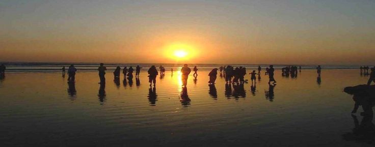 Often termed as the world's longest beach,Cox's Bazar has yet to become a major tourist destination in Asia.Cox's Bazar District has an area of 2491.86 square km. It is located at 21°35' N 92°01' E and is bounded by Chittagong District on the north, Bay of Bengal in the south, Bandarban District on the east, and the Bay of Bengal on the west. Major rivers include Matamuhuri, Bakkhali, Reju Khal, Naf River, Maheshkhali channel and Kutubdia channel