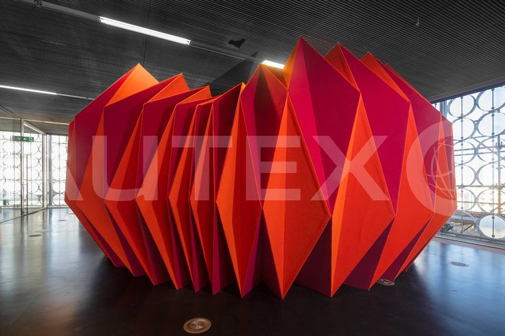 Autex Interior Acoustics - Workstation™ - Custom Design Meeting Pod - RMIT University, VIC, Australia - Project by Leanne Zilka and Jenny Underwood - Constructed from Workstation™ covered in Vertiface® - Colours: Raspberry & Brilliant Orange - Photographer: John Gollings