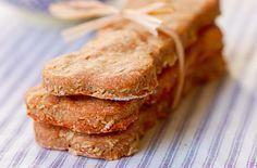 Consiente a tu mascota con estas deliciosas recetas de galletas para perros. Muy faciles de preparar!