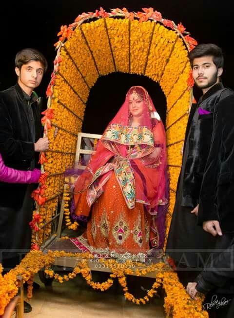 Mehndi Bride Entrance Ideas : Doli for bride entry groom pinterest
