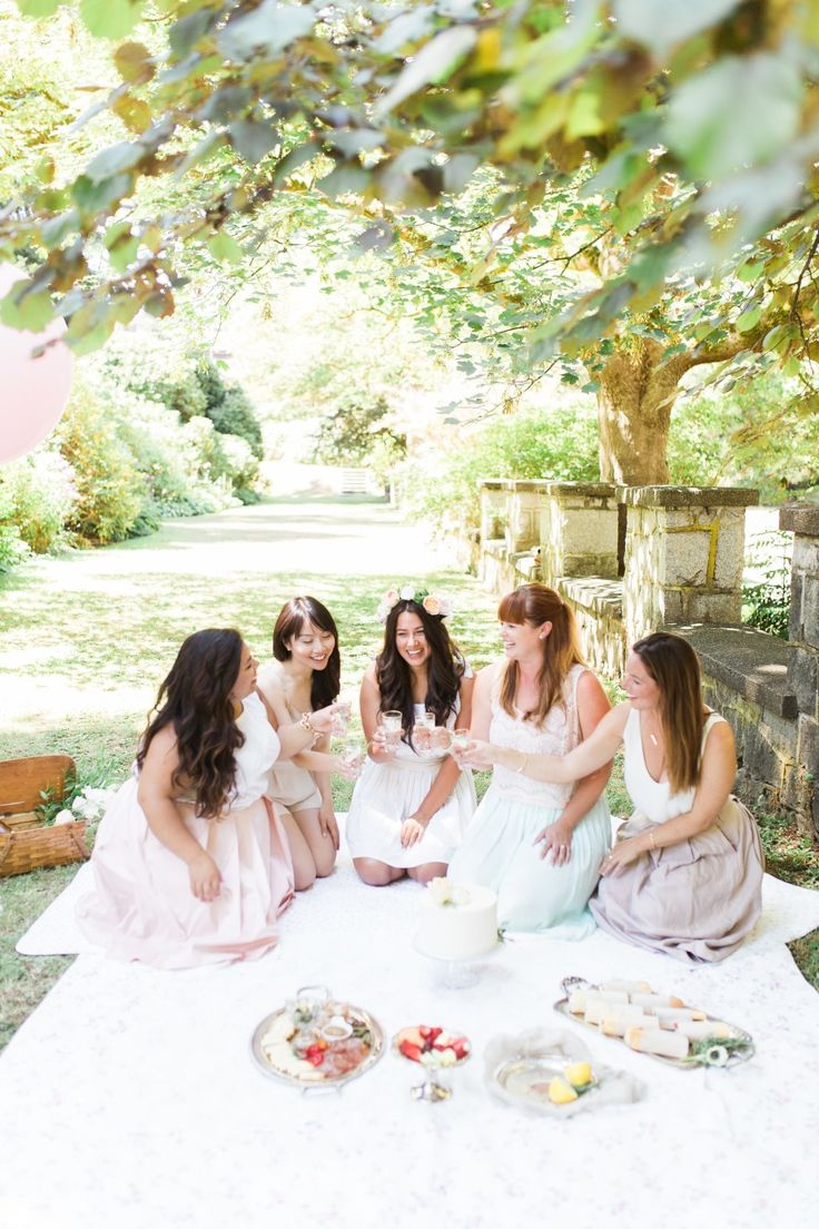 bridal shower themes for spring%0A For a Spring bridal shower  make it a champagne picnic