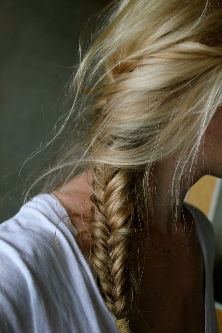 messy side fishtail