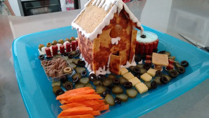 """Savoury """"Gingerbread"""" House - LCHF"""