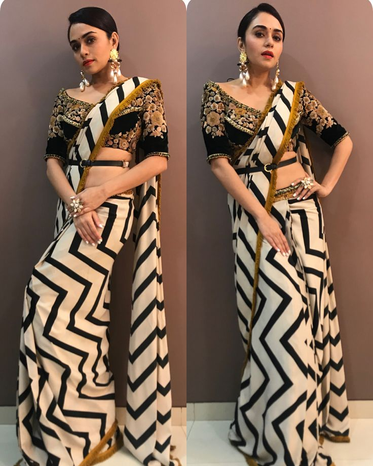 Couldn't help but fall in love with this look Saree by@qbikofficial Jewellery by@radhikaagrawalstudio Styled by@sayali_vidya........#sareelove#indian#indianjewellery#stripes#bindi#sareeblouse#sarees