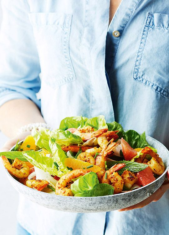 How to make Spiced Prawns With Citrus Fennel Salad