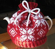 Ravelry: Snowflake Tea Cosy pattern by Heather Goodwin