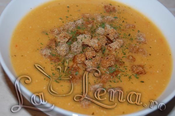 Supa-crema de linte cu crutoane - Pas 10