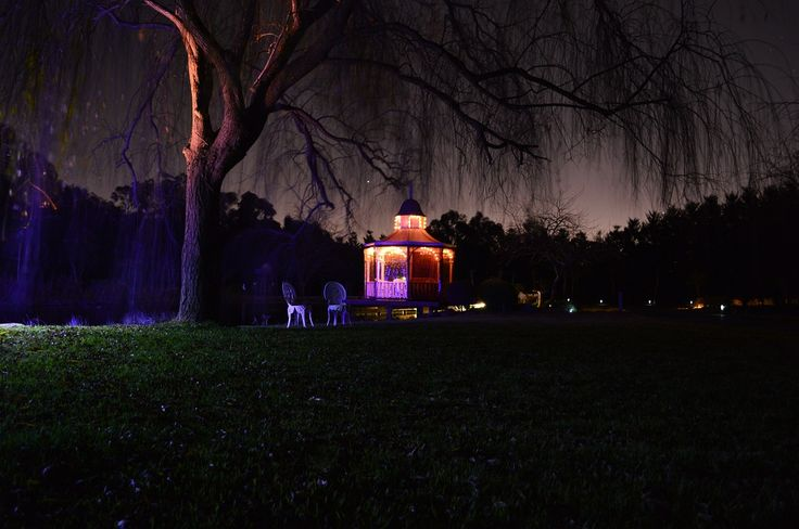 Perfect for proposals, anniversaries or weekend getaways in the Dandenongs