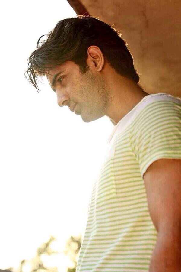 Sexy side profile... Love you Barun Sobti
