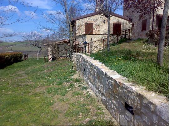 Agriturismo Tra cielo e terra a Todi - Offerta di Pasqua $320 http://www.goowai.com/deal/pasqua-a-todi-tra-storia-e-verdi-colline.html