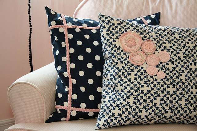 Navy blue & light pink nursery - I think that this picture might be my inspiration for the whole room...