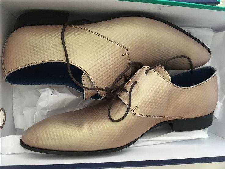 Wedding shoes for him. Mascalori Sand Cubicles. €189,-
