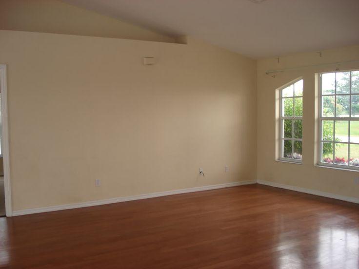 Wood flooring in living rooms wood laminate floor in - Laminate wood flooring in living room ...