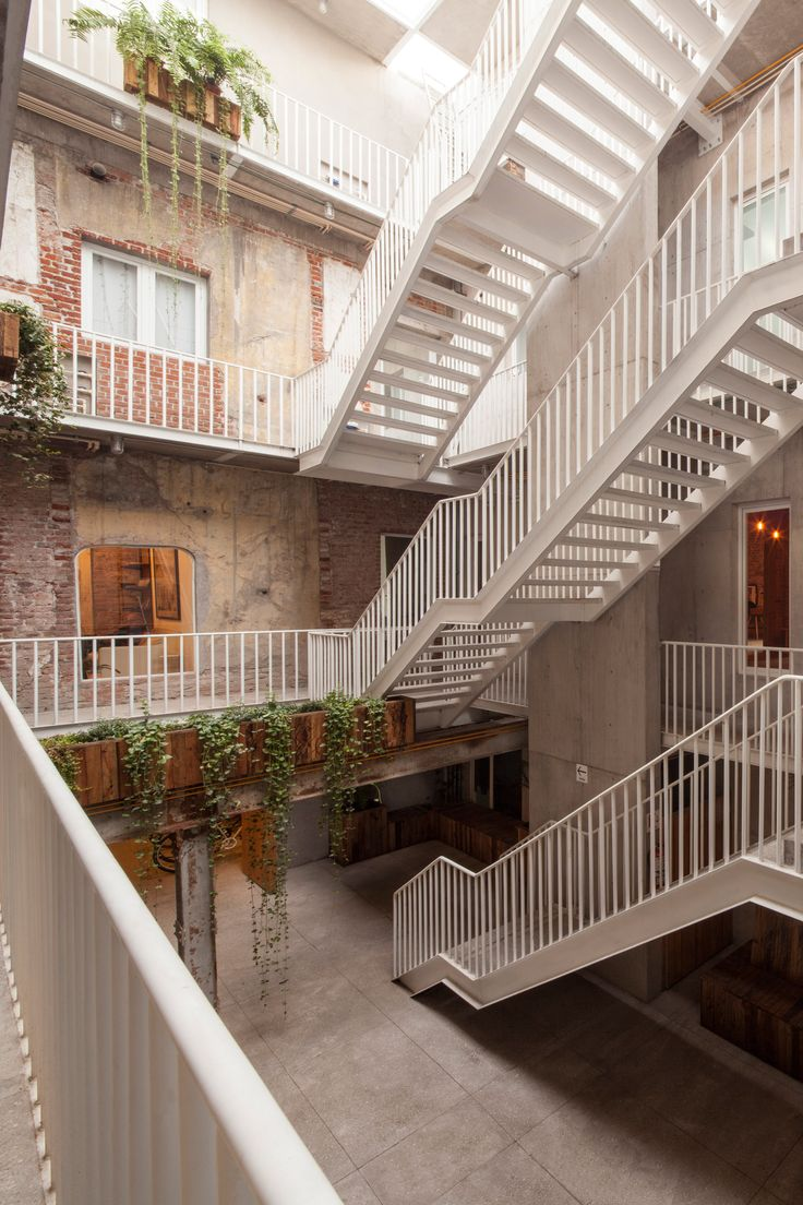 Modern architecture interior office - Cadaval Sola Morales Transforms Abandoned Building In Mexico Into Apartments And Offices Architecture Interior Designmodern