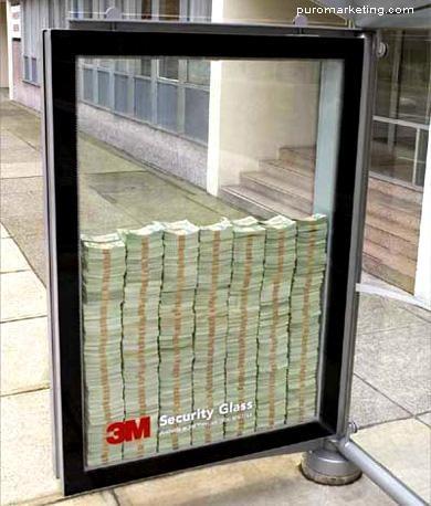 Mupi Creativo para vender vidrio de seguridad... (Anunciante 3M) - vía PuroMarketing: Creative Noticed, Buses, Security Glasses, Marketing, Advertising, Ads, Bus Stop, 3M Security