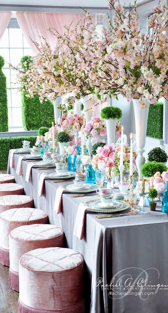 -Long Table Decor - love the color combination.