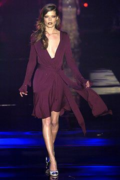 blue shoes christmas song Julien Macdonald Autumn Winter 2004 5 Ready To Wear