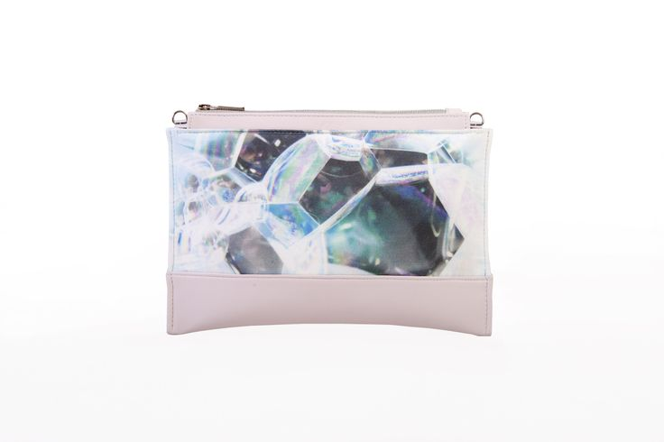 Bodycon clutch / Rose bubble pattern #BLACKLIST #blacklistdesign #rose #rosequartz #bubble #pattern #clutch #leather #digitalprinted #bag #bagdesign #budapest