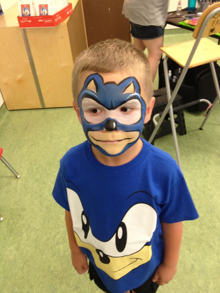 Sonic the hedgehog face painting
