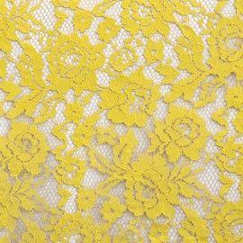 Tela con base de blonda de Nylon de color amarillo, ornamentada con un hilo de viscosa que perfila el dibujo. Encaje de blonda ideal para combinar con Crepes Satinadas y Crepes para la confección de trajes de ceremonia, trajes de Sevillana y aplicaciones. http://www.aleko.kingeshop.com/Blonda-Lace-Flor-Rebrode-dbaaaajPa.asp