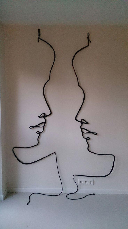 Kunst aan de muur van plexiglas en touw.  Wall art.