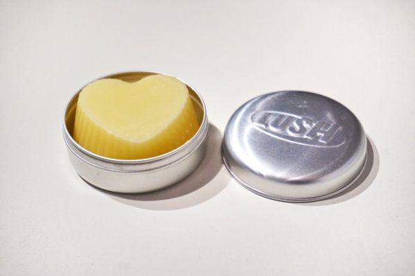 DIY solid conditioner - spill-proof for your travels.