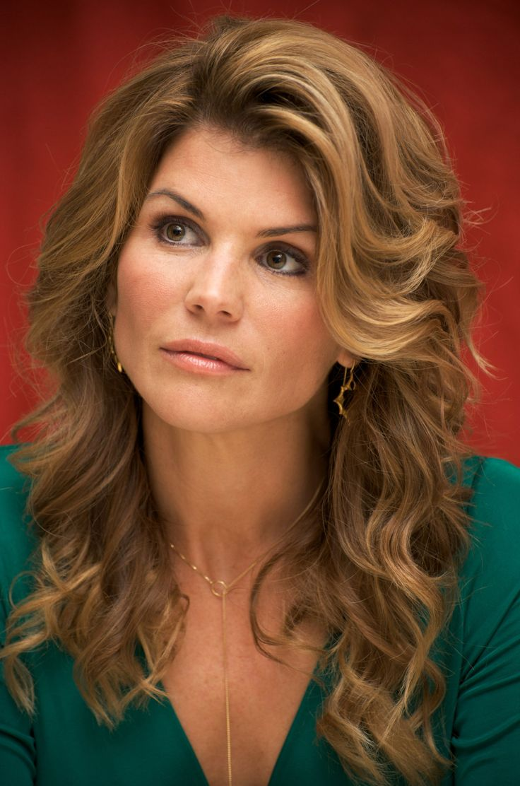 lori loughlin - photo #40