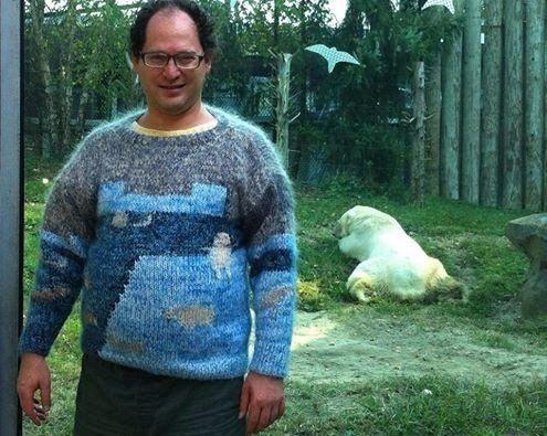 Свитер на все случаи жизни http://artlabirint.ru/sviter-na-vse-sluchai-zhizni/  У этого парня есть свитер на все случаи жизни {{AutoHashTags}}