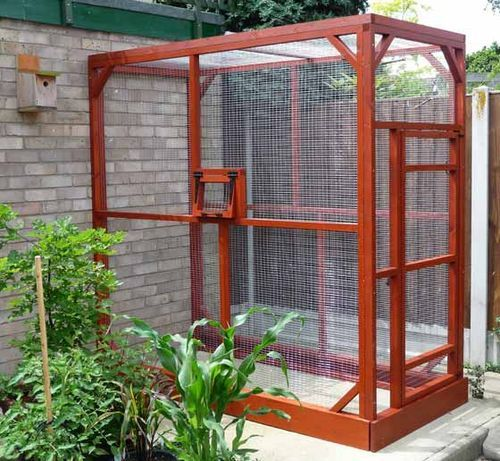 This will work nicely for our Marmoset Monkey Monty! In the summer he'll live outside (we'll just have to install some sort of awning for the rainy days!) and in winter he'll be snug indoors!x