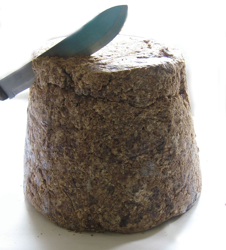 African Black Soap: A brilliant shampoo bar. Rinse with 50/50 vinegar & water, then finnish with Hair Honey!