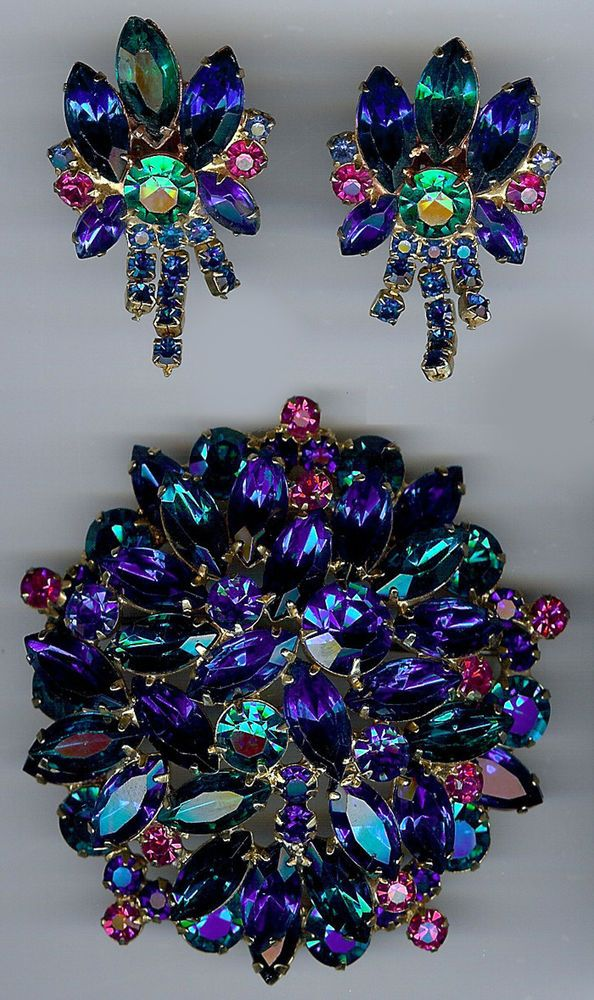 JULIANA VINTAGE DAZZLING ELECTRIC BLUE GREEN FUCHSIA RHINESTONE PIN & EARRINGS
