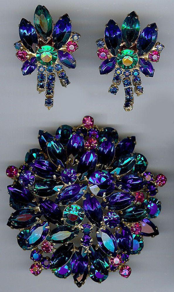 JULIANA VINTAGE DAZZLING ELECTRIC BLUE GREEN FUCHSIA RHINESTONE PIN & EARRINGS