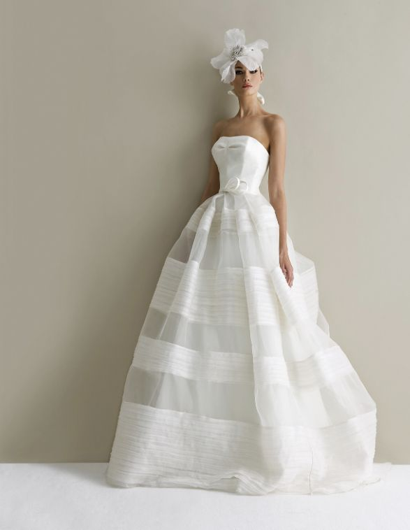 558 best Wedding Dresses images on Pinterest Wedding dressses