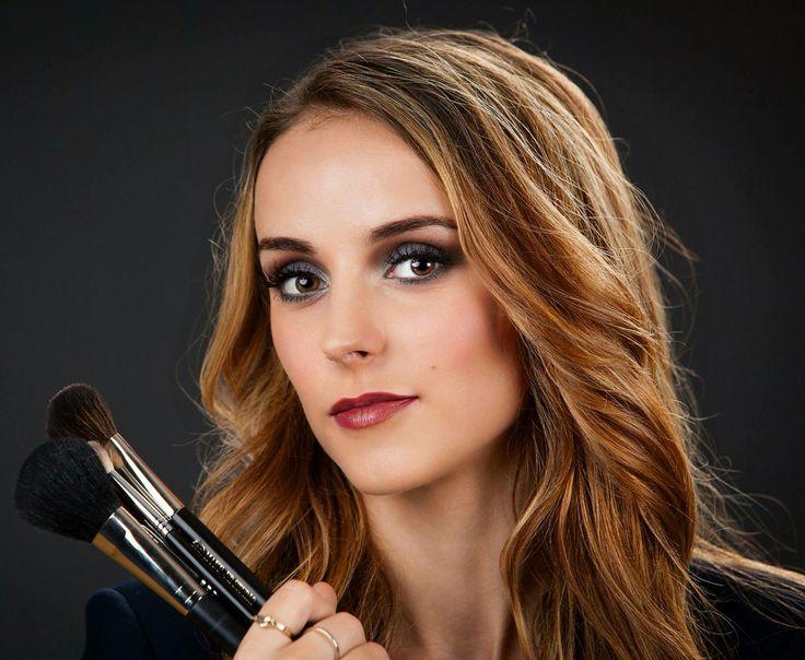 Weet jij welke make-up kwasten essentieel zijn in je eerste kwastenset? Lees het op Lisagie.nl