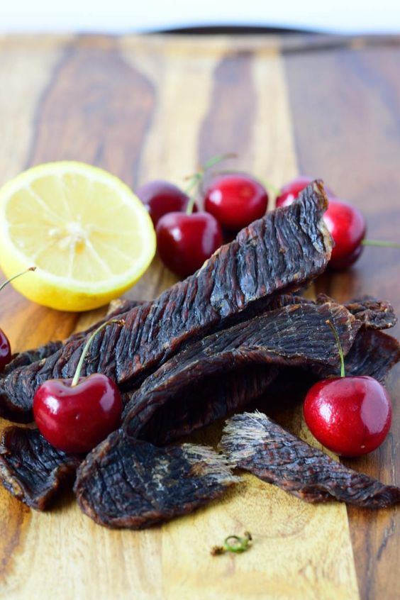 This beef jerky recipe has a fantastic sweet cherry flavor with every bite | Jerkyholic.com