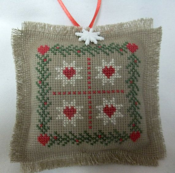 Colcha patrón cruzado adornos navideños cosido