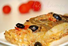 Bacalhau no forno em cebolada - http://www.receitasparatodososgostos.net/2016/11/29/bacalhau-no-forno-em-cebolada/