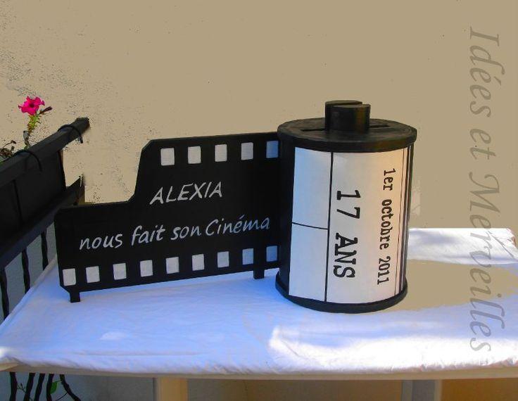On m'a demandé la confection d'une urne pour un anniversaire d'une jeune fille qui fait ses études en photographie et dont le thème de la...
