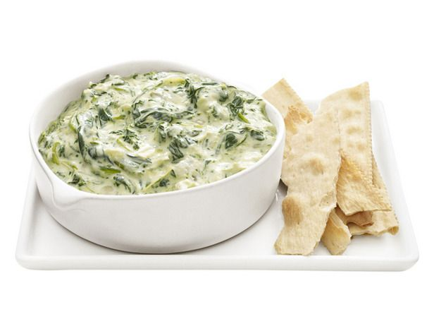 Slow cooker spinach artichoke dip!