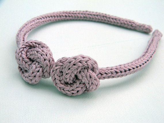 Cerchietto con nodi. Accessori capelli, accessori matrimonio/cerimonia. Colore personalizzabile.