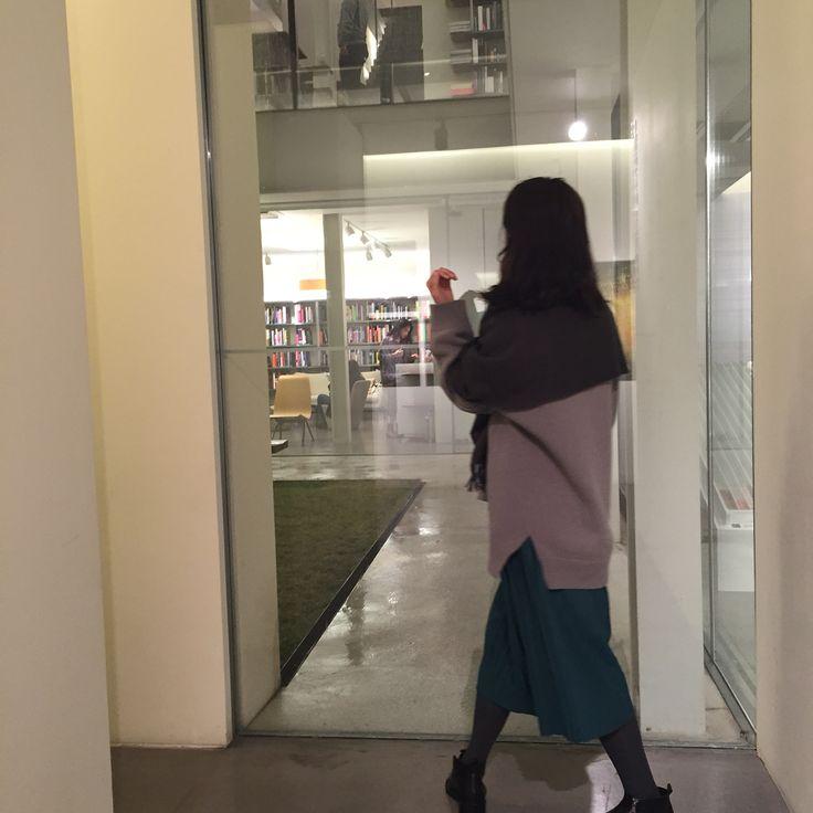 Hyundai card design  library, samchungdong, seoul, korea  대한민국, 서울 , 삼청동, 현대카드 디자인라이브러리