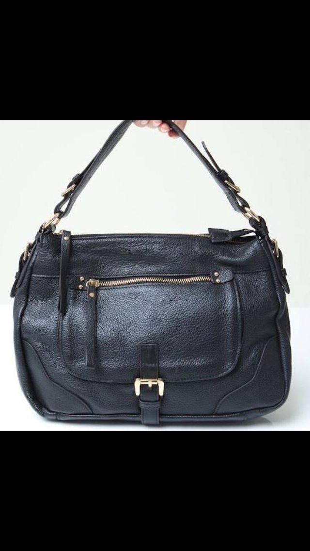 Aster leather satchel bag/ perfect size. Comes with removable long strap too!