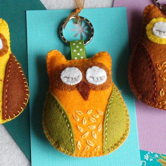 Sleepy owl keyring key chain keychain  hand by BeadedGardenUK