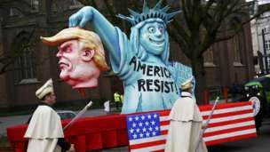 In pictures: German carnival mocks Trump and Brexit - BBC News