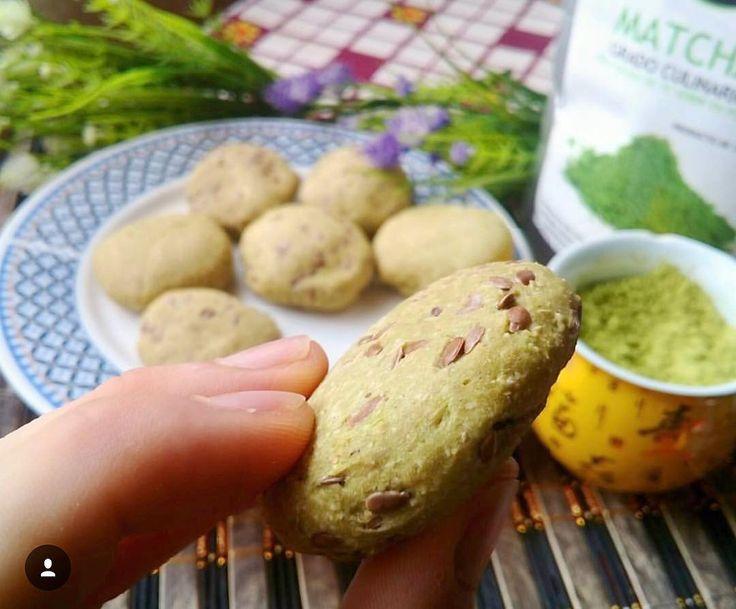 Ricas galletas realizadas con #MatchaChile y lienzos nos comparte @nutriendosalud  Receta completa desde su post de Instagram  ANTIOXIDANTES | 100% ORGÁNICO Puedes comprar todos nuestros productos y accesorios en http://ift.tt/2jo8tPb  ------- #matcha #matchacookies #galletas #matchadetox #detox #receta #téverde #antioxidantes #chile